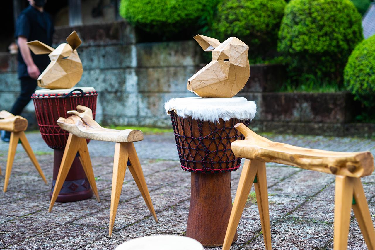 縄文土器からヒントを得て作られた縄文太鼓
